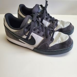 Nike Zoom Low Mogan 2 Skate Shoe Size 8